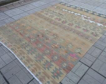 Vintage pastel kilim. Turkish kilim rug. Vintage kilim. Kilims. Turkish rug. Free shipping. 7.2 x 5.4 feet.