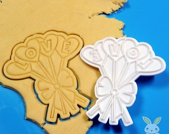 LOVE Lollipop Cookie Cutter and Stamp Set