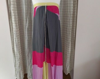 1990s Maxi dress with 80s style surfer beach flair