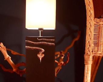 "Table lamp with a snake motif ""Helsinki"""