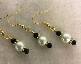 Pearl Earrings, Black and White Earrings, Gold Earrings, Gold Pearl Earrings, Small Pearl Earrings