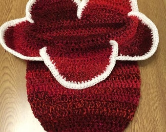 Crocheted baby cocoon