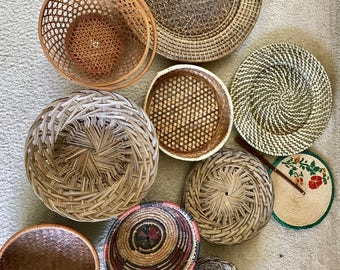 Wall basket set