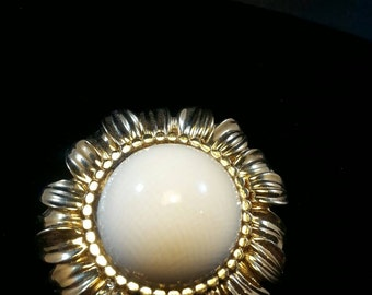 NETTIE ROSENSTEIN Ivory Sunflower Brooch