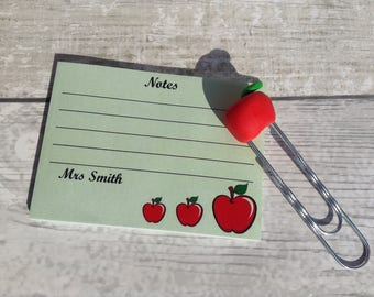 Personalised apple teacher memo paper clip gift set, teaching assistant support useful notes present, planner stationery accessories,
