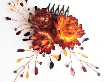 Hair comb with real flowers