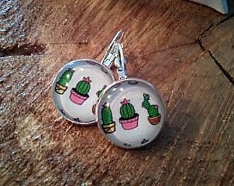 Vintage cactus earring, cabochon, sleeper, 16 mm, hypo allergenic, free shipping in the QC