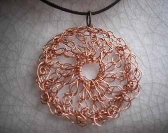 Large copper wire circle necklace