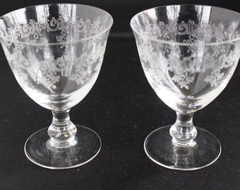 Water glasses, vintage 50s couple, finely engraved crystal.