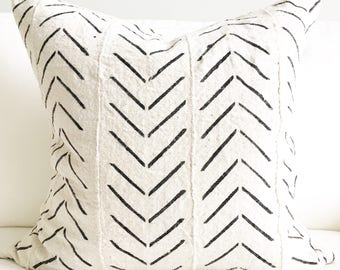"""20"""" X 20"""" African Mudcloth Pillow Cover"""