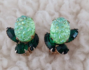 Vintage Lava Rock Earrings | Vintage Art Glass Earrings | Green Vintage Earrings | 1950's Earrings |