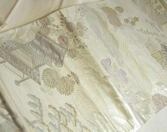Japanese.Obi. Vintage. kimono.free shipping. white.