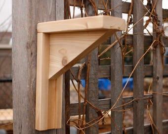 Cedar Bracket for Mounting Birdhouse
