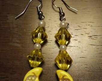 Yellow moon yellow beaded earrings daretodazzlcreations