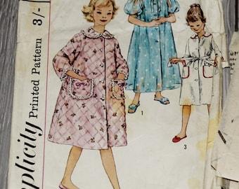 vintage children's 1950s Simplicity 3244 Vintage Sewing Pattern Girls Short Robe, Long Robe Size 6, Size 10