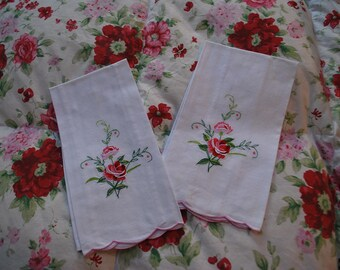 Pair of Pretty Guest Towels with Rose Embroidery