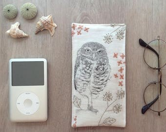 case glasses fleece - Pocket ipod iphone - modern embroidery - nice bird drawing