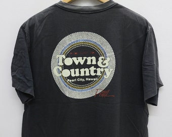 Vintage TOWN & COUNTRY Pearl City, Hawaii Black Tee T Shirt Size L