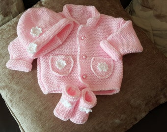 Hand Knitted Baby Set. Cardigan, hat, booties. Baby Shower Gift, babies going home outfit