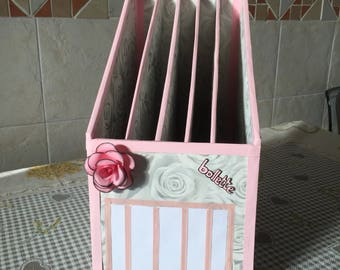 Document holder and bills style shabby