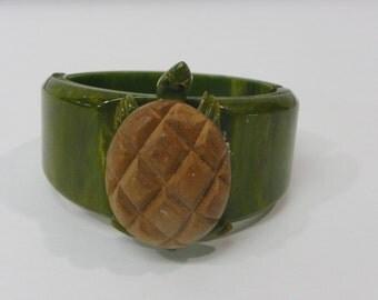 Antique Vintage Green Bakelite Turtle Art Deco Plastic Bracelet Clamper Cuff Jewelry