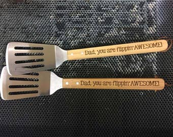 Engraved Bamboo Barbecue Spatula - AWESOME DAD!