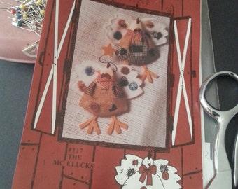 Chicken Chicks Pattern paper ornament Fall Thanksgiving Folksie Craftsy Decor