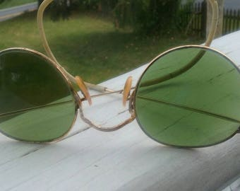 Too Cool circa 1900 green glass magnification glasses of 12 kt.gold filled.