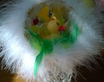 Easter figurine with yellow duckling