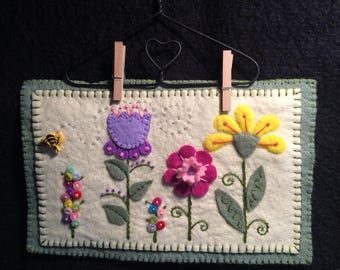 SUMMER'S GARDEN Wool Felt Wall Hanging,  wool felt, wall decor, spring decor, hand stitched wool felt banner