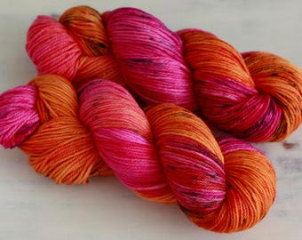 Hand Dyed Speckled Yarn sport weight Superwash Wool - FIERY FURNACE