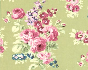 Anne of Green Gables Rose Flower Cluster on Green 100% Cotton Fabric - FQ
