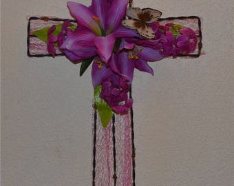 Metal Cross reduced  from 35.00 to 25.00