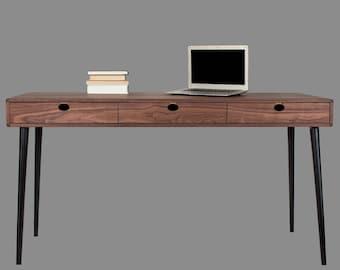 Table Walnut/oak (desk, toilet) solid 3 c Mind Century