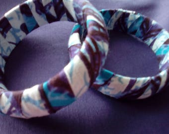 Wooden bracelet with wax