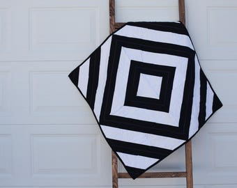 Modern Black and White Baby Quilt