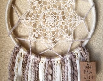 Doily Dreamcatcher - Neutral Tones