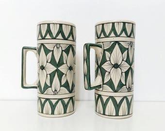 Decorated ceramic tea cups