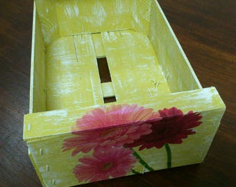 Floral wooden box. REF. 010/15