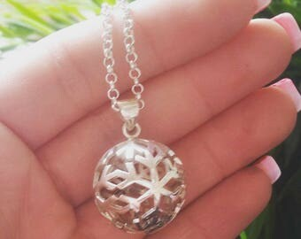NECKLACE SNOWFLAKE SNOW 3D