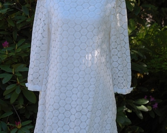 1960's Vintage White lace knee length long sleeve wedding dress by Lorie Deb size 12