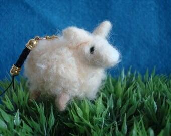 Needle felted lamb plush keychain