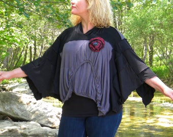 Cape gray, black and Burgundy tunic with hood and flower