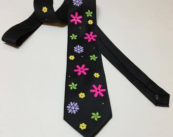 Amazing Flowers  Necktie
