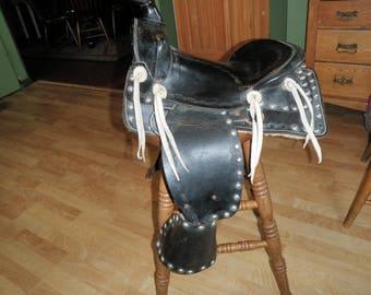 Pony saddle, Western