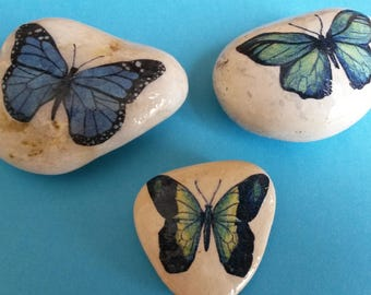 Pebble Paperweights, Decoupaged Pebble, Decorated Pebble, Beach Pebbles