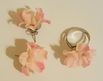 Pink floral earrings and ring set