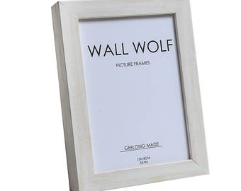 Photo frame with white wash