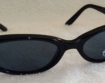 New FELLINI Vintage Black Cat Eye Sunglasses SK0056 900/L New Old Stock