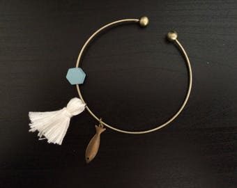 Minimalist bracelet style Bohemian
